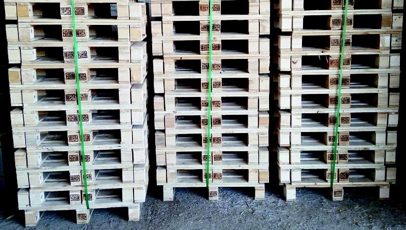 Situace s dřevěnými obaly se opravdu nelepší