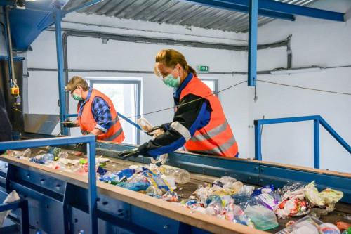 Nová třídící linka zvládne zpracovat pětkrát více plastu