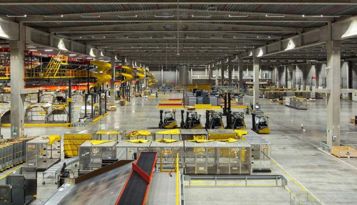 Nové třídicí centrum odbaví 42 000 zásilek za hodinu