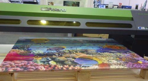 Digitální plotry a velkoformátové tiskárny na scéně