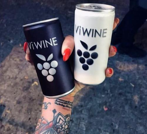 Tři výrobci nápojů zahájili zálohování plechovek