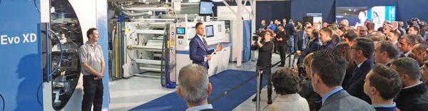Živá ukázka stroje Evo XD v Miláně