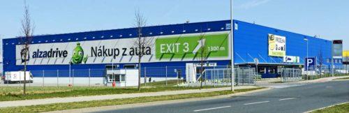 Distribuční centrum Alzy je protkáno 2,5 km dopravníkových pásů