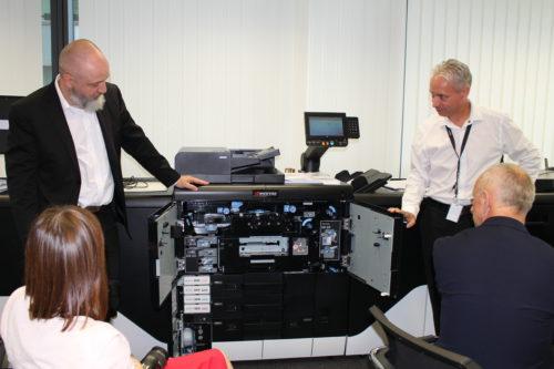 Společnost KYOCERA představila první produkční inkoustovou tiskárnu